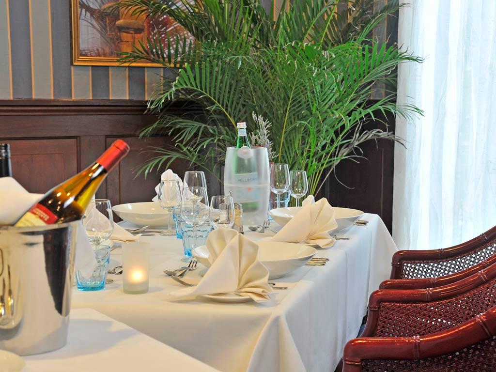 Dinner Set Tuin : Fotos & videos van parkhotel val monte »